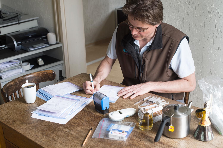Geurts dierenklinieken Venlo-Blerick, Tegelen en Grubbenvorst